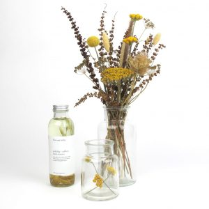 bath essence dried flower bouquet