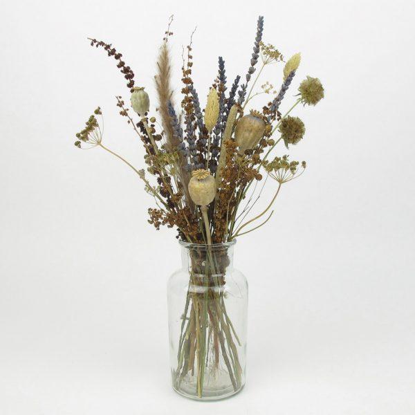 dried lavender bouquet vase