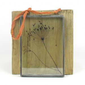 nkuku frame dried umbels dark