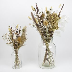 dried flower bouquet light
